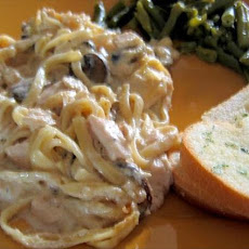 Creamy Chicken (Or Turkey) Tetrazzini