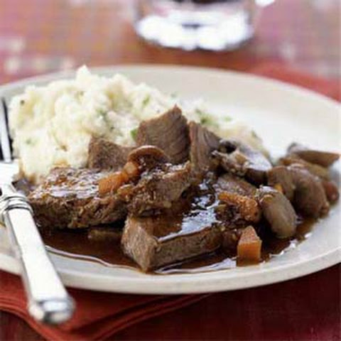Guinness-Braised Chuck Steaks with Horseradish Mashed Potatoes