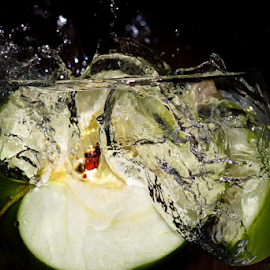 by Dipali S - Food & Drink Fruits & Vegetables ( water, fruit, food and drink, splash, fresh, food, green, apple, healthy eating, drops, ripe )