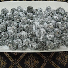 Tasty Snack Ball Things (vegan!)