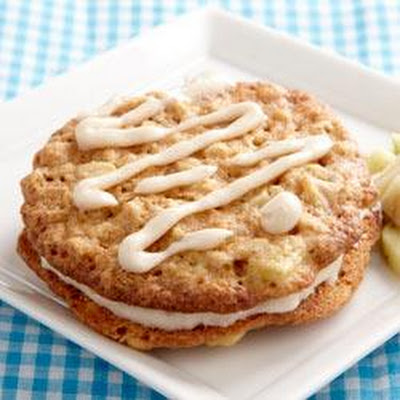Oatmeal-Apple Cream Pies
