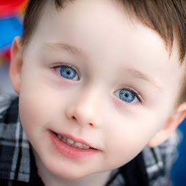 Blue Eyes by Ryan Morris - Babies & Children Children Candids ( headshot, blue eyes, candid, looking up, portrait, eyes,  )