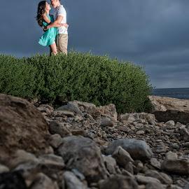 I'll Hold You Tight by Yansen Setiawan - Wedding Other ( creative, art, losangeles, beach, illusion, love, yansensetiawanphotography, fineart, prewedding, sunset, d800, wedding, lifestyle, la, photographer, yansensetiawan, nikon, yansen, engagement )