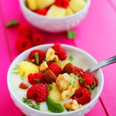 Vanilla Yogurt with Fruit & Nuts