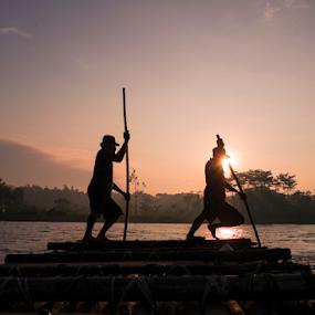 don't give up sir by Fathya Zainuri - Transportation Boats ( traditional boat, traditional, boat, natural )