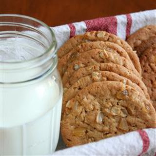 Ginger-Touched Oatmeal Peanut Butter Cookies