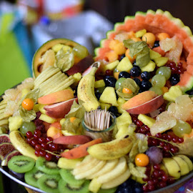 Plateau de fruit by Yannick Faven - Food & Drink Fruits & Vegetables ( fruit, food, fruits, vegetables, fruits and vegetables, plated food )