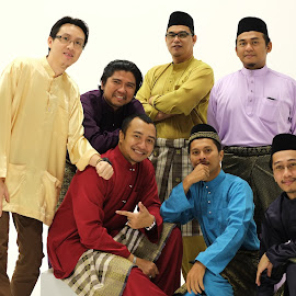My Raya by Syahrul Nizam Abdullah - People Group/Corporate