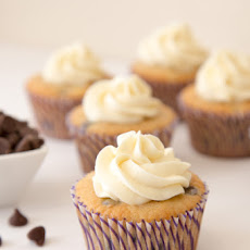 Banana Chocolate Chip Cupcakes (Adapted from Bakers Royale & Joy of Baking)