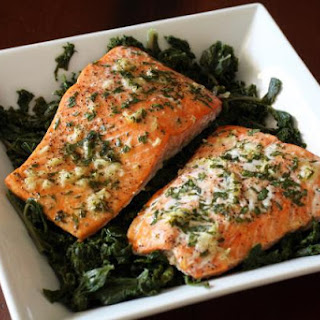 Baked Salmon With Garlic