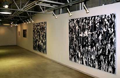 <strong>BlackWhiteGrey</strong>