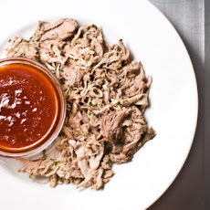 Green Tea Pulled Pork With Spicy Asian Bbq Sauce