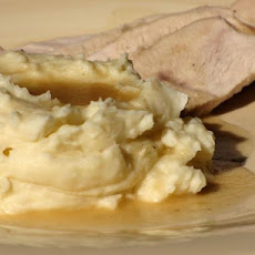 Slow-Roasted Turkey Breast With Gravy