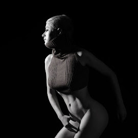Hidden by Alda Sykes - Nudes & Boudoir Artistic Nude ( studio, model, art nude, lighting, black and white, woman, mono )
