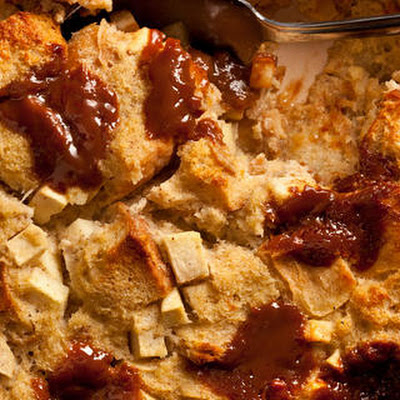 Caramel, Apple, and Cinnamon Breakfast Casserole
