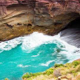 Snapper Point by Dan Searle - Landscapes Caves & Formations ( water, cliff, ocean, motion, cave )