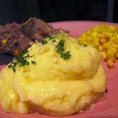 Ben's Garlic Cheddar Mashed Potatoes