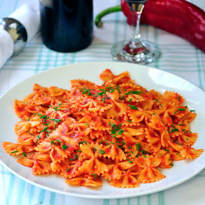 Hot or Cold Roasted Red Pepper Farfalle Salad