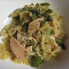 Penne with Salmon and Asparagus