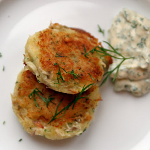 Smoked Fish Patties with Dill Mayonnaise
