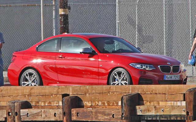 BMW-M235i-Revealed