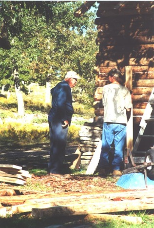 Building the cabin - Uncle Jim and Randy
