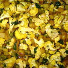 Aloo Gobi Mattar - Cauliflower, Pea and Potato Curry