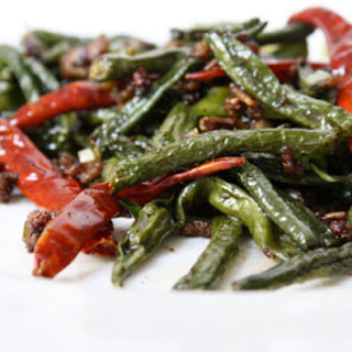 Sichuan Dry-Fried Yard-long Beans
