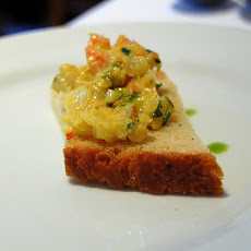 Paula Deen's Cheesy Shrimp on Grits Toast