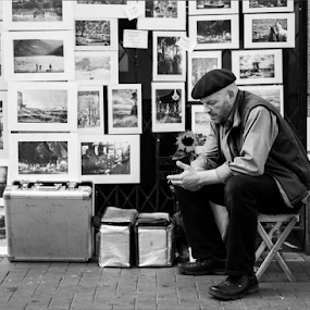 Captured  by Michael Croghan - People Street & Candids ( photos, urban, frames, seat, street, photographer, pictures, prints, man, portrait, flower,  )