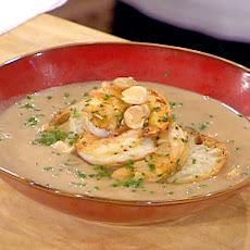 Garlic Soup with Sauteed Sweet Shrimp