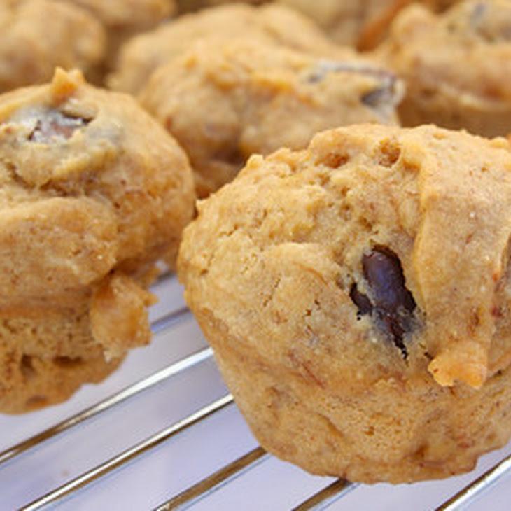 Peanut Butter Chocolate Chip Banana Mini Muffins Recipe | Yummly