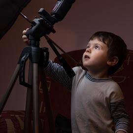 The little photographer by Bogdan Caprariu - Babies & Children Child Portraits ( playing, photographer, toys, children, portrait )
