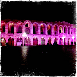 Pink Verona by Maurizio Zanetti - News & Events Health ( pink lighting, verona, maurizio zanetti, mauzzan, pink, mauzzann, the mood factory, mood, lighting, sassy, colored, colorful, scenic, artificial, lights, scents, senses, hot pink, confident, fun, mood factory  )