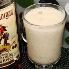 Banana Rum-Raisin Smoothie