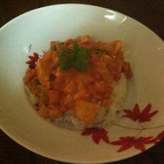Spicy Chicken in Tomato-Coconut Sauce