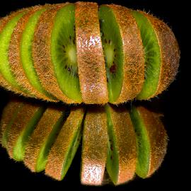 nice kiwi by LADOCKi Elvira - Food & Drink Fruits & Vegetables ( fruits )