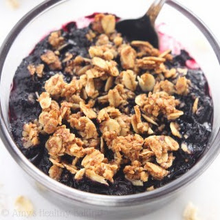 Clean-Eating Blueberry Breakfast Crumbles
