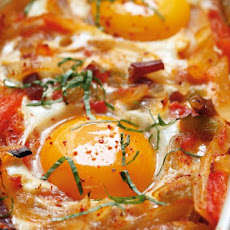 Basque-Style Baked Eggs Recipe