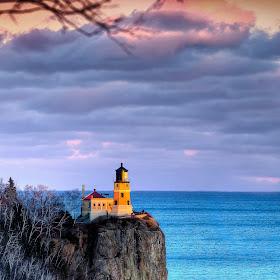 Split Rock Lighthouse-.JPG