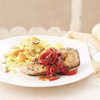Piquillo Pepper Chicken with Spanish Rice