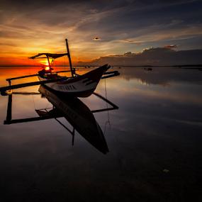 Don`t Rock My Boat by Nyoman Sundra - Landscapes Sunsets & Sunrises ( bali, tuban, sunrise, beach )