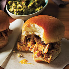 Grilled Chicken Sliders and Apricot Chutney Spread