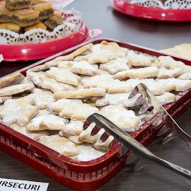 Christmas tree cookie by Remus Lungu - Food & Drink Cooking & Baking ( cookie, cake, sweets,  )