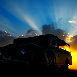 Embracing Sunset by Edo Itam - Transportation Automobiles ( mountain, sunset, outdoor, landrover.beautiful, , Selfie, self shot, portrait, self portrait )