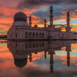 Serene morning at Likas, Kota Kinabalu, Sabah by Ithni Shaari - Buildings & Architecture Places of Worship ( water, building, red clouds, sky, arch, minaret, mosque, majestic, reflections, architecture, burning sky )
