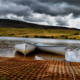 pentlands  by Nic Scott - Landscapes Waterscapes ( water, reservoir, boats )