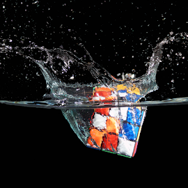 cube on mind by Veronika Gallova - Artistic Objects Toys ( cube splash, cube, water splash )