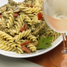 Chicken Fusilli In Pesto Cream