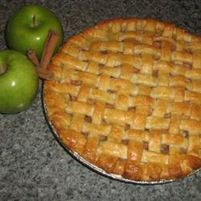 Pat's Rose Apple Pie